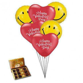 Smiley balloons with chocolates