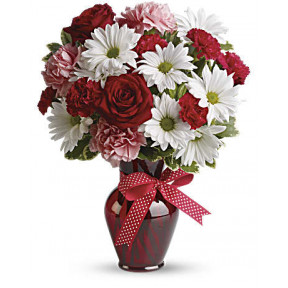 Hugs And Kisses Bouquet With Red Roses (Standard)