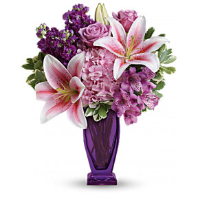 Blushing Violet Bouquet (Deluxe)