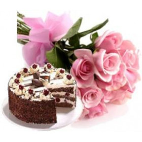 Bunch of 15 Pink Roses and 500gm Black Forest cake