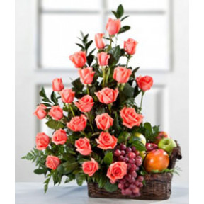 Basket of 25 Pink roses and mixed fruit