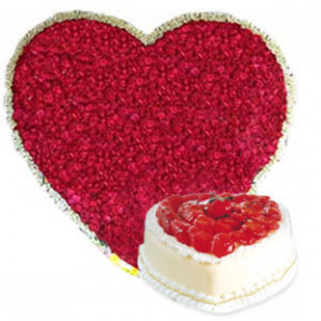 Heart With 300 Red Roses & 2 Kg Heart Shape Pineapple Cake