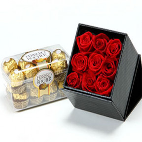 6 Roses Decoration and Chocolate