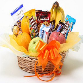 Deluxe Fruit and Sweets basket