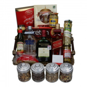 Whiskey and Vodka basket