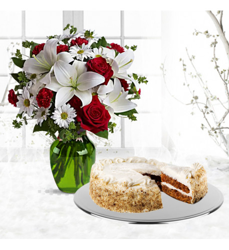 Be My Love Bouquet with Red Roses With Carrot Cake