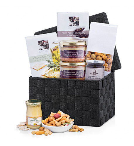 Pacta And Mousse Gourmet Gift Hamper