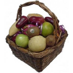 Seasonal Fruits Hamper (Small)