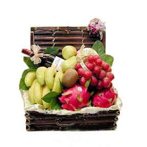 Seasonal Fruits Hamper With Red Wine (Small)