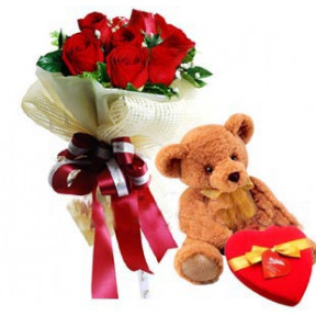 Six Pcs Red Roses With Chocolate And Bear