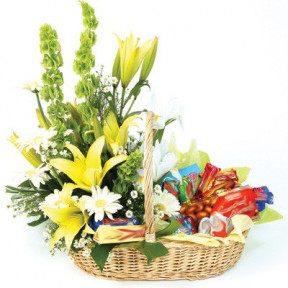 Assorted Chocolate Basket With Mixed Flowers