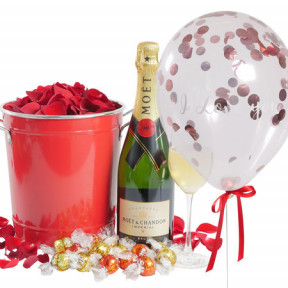 Moet Celebration With 'I Love You' Confetti Balloon