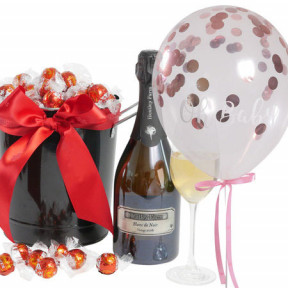 Barossa Celebration With 'Oh Baby' Pink Confetti Balloon