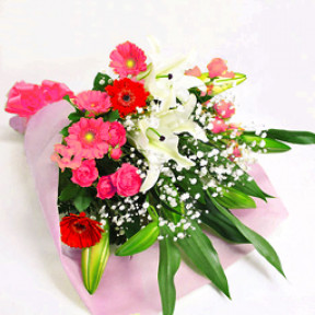 Lilies and seasonal bouquet of pink system