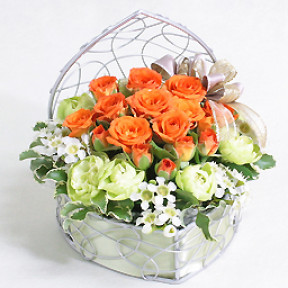 Designers Arrange-Orange Spray Roses