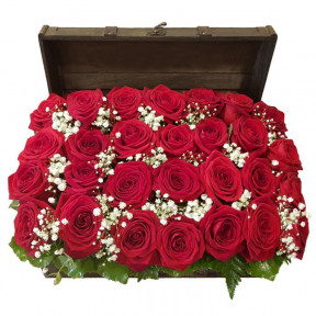 Red Roses In A Charming Chest