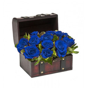 Wooden Chest With Blue Roses (small)