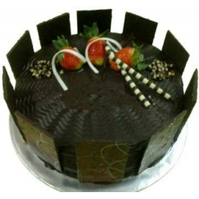 American Chocolate Delight with Flower Hand Bouquet (Half Kg)