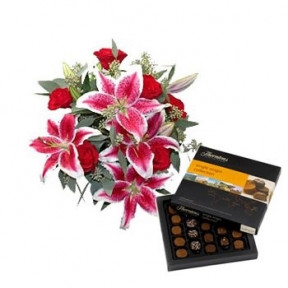 Lovely Lilies And Chocolate Sweetness (Small)