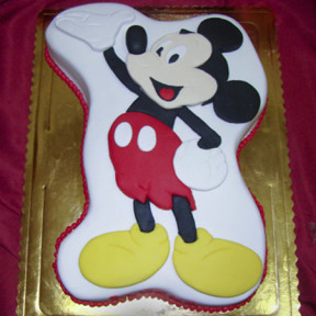 Mickey Mouse Cake (Small)