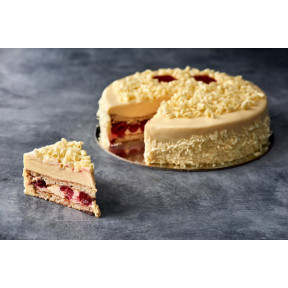 Vanilla Sponge and Raspberry Cake