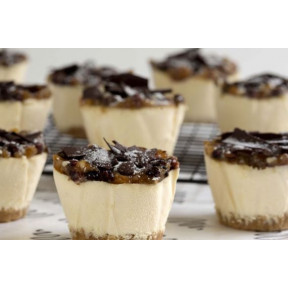 12 Festive Mince Pie Cheesecake Minis