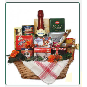 East German specialties basket