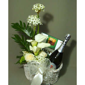 Gift Basket Of Champagne Martini