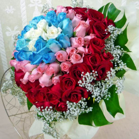99 Roses  5White20Blue33Peach41Red Hand Bouquet