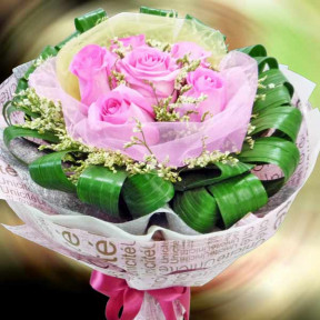 6 Aqua Pink Roses Handbouquet  Need 1 Day Advance Order