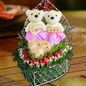 Fresh Roses, Artificial Cherry Berry And  Bears In Heart-Shape Container