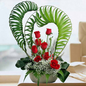 Heart Shape 8 Red Roses Table Arrangement
