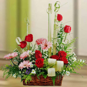 Pink Gerbera And  Red Roses Flowers Table Arrangement