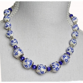 Necklace delft blue beads Cob 09