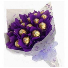 16 Ferrero Rocher Bouquet