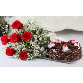 Red Roses And Black Forest Cake