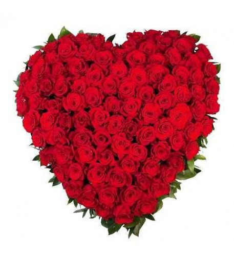 100 Heart Shaped Red Roses