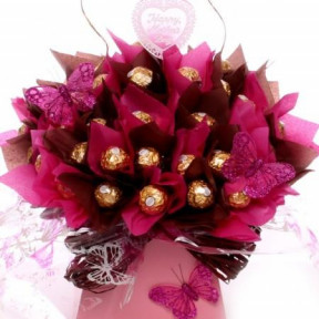 24 Ferrero Rocher Bouquet