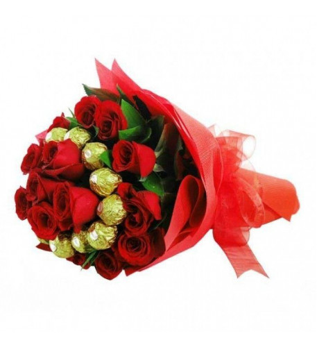 Bouquet Of 12 Red Roses With 16 Ferrero Rocher