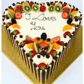 1.5 Kg Heart Shaped Fresh Fruit Cake