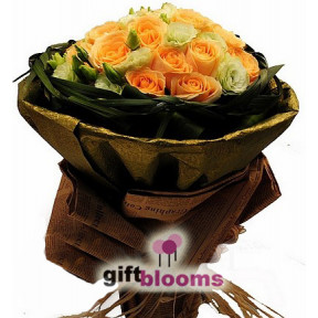 Rosa Champagne Bouquet to Macau