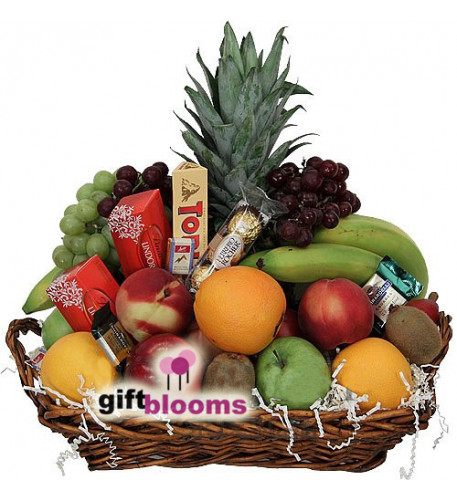 Fruit and Chocolate Basket to Japan