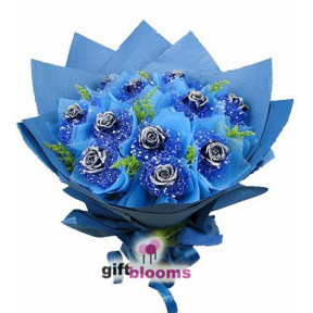 Premium Blue Rose Bouquet to Macau
