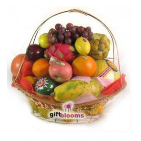 Classic Fruit Gift Basket to Taiwan