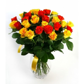 Hot Noon Classic Roses (15 stems)