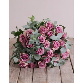 Light Purple Bouquet (12 Roses)