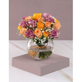 Highlights Of Roses Vase