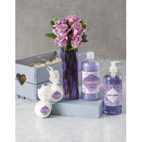 Pretty Purple Rose And Luxury Bath Gift