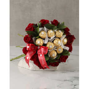 Red Roses And Ferrero Bouquet (Combo)
