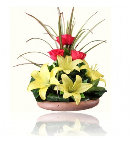 Yellow Lilium Flower Baskets (Small)